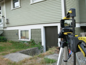 Making a time-lapse movie with the help of an iPhone, a tripod and a big clamp